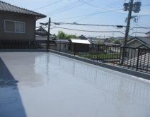 ベランダ床面:防水塗装施工!の写真