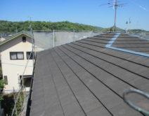 屋根:プレミアムルーフSi樹脂ラジカル塗料邸のBefore(施工前)の様子